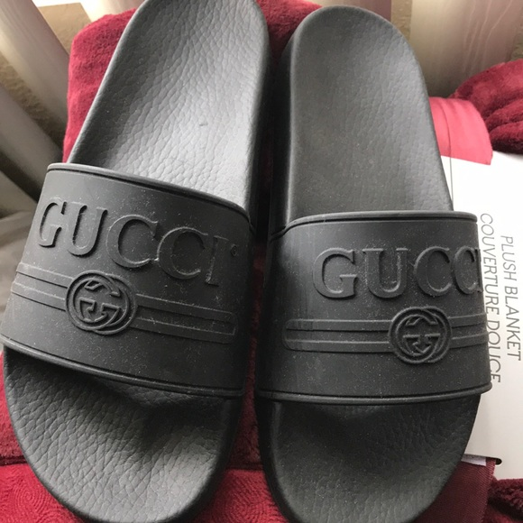 4d3e7f9e00c0 Gucci Shoes